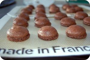 chocolate-macaron-6