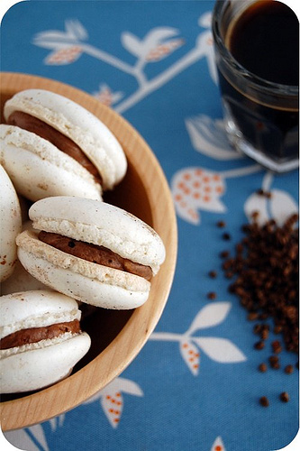 Cardamom macarons_single